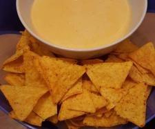 Rezept Käse-Dip für Nachos von bigmoana - Rezept der Kategorie Saucen/Dips/Brotaufstriche