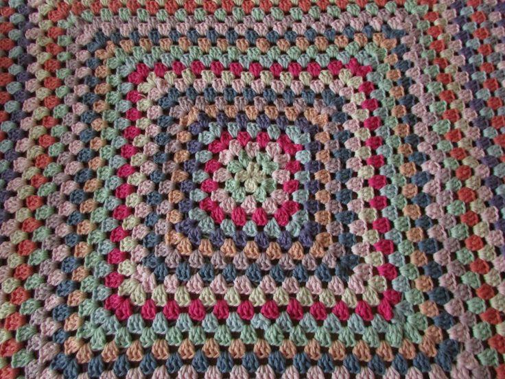 ✿ ❤ VERY EASY crochet granny square blanket - never ending crochet granny sq...