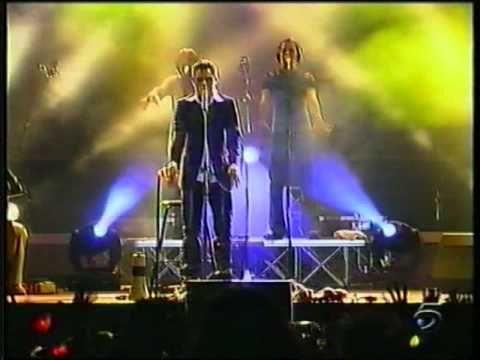 Tiziano Ferro - Le cose che non dici (Live - Latina 2002) - YouTube