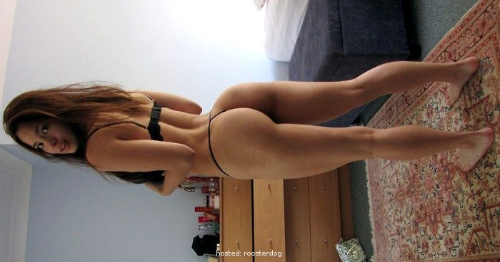 Shocking Ex GF Bedroom Photos | Roosterdog Shocking Ex GF Bedroom Photos http://ift.tt/1P3QvMU Oh well.. I hope that's not your ex or current girlfriend. I know it's not mine caus From Roosterdog