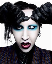 Marilyn Manson - Saw Manson live for the Beautiful People show. Amazing