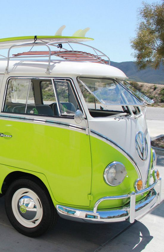 The hippie bus has arrived- honk honk- get in and start life- you even have a surfbort/drunk in looooove! #CALI