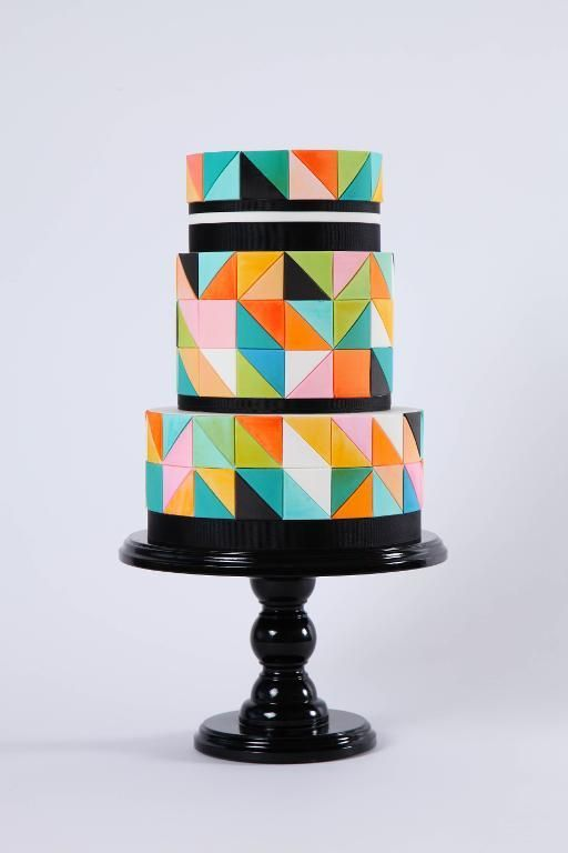 Make Beautifully Artistic Cakes in Craftsy's: Modern Mosaic Cakes