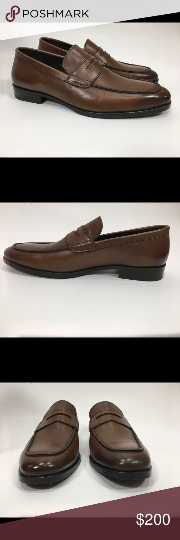 To Boot New York Parker Penny Loafer Leather Shoes To Boot New York - Parker Penny Loafer  New with Original Box - Size 10 Tapered square apron toe - Penny slot vamp - Slip-on - Lightly padded footbed - Textured sole - Made in Italy 🌸BUNDLE AND SAVE  🌸NO TRADES - PRICE IS FIRM 🌸FEEL FREE TO ASK QUESTIONS 🌸I DO NOT MODEL  Materials: Leather upper and sole To Boot Shoes Loafers & Slip-Ons