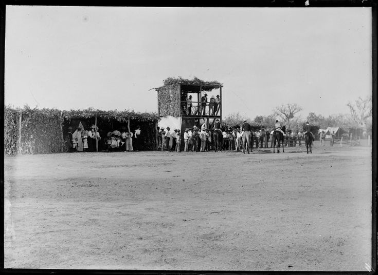 230792PD: Crowd gathered around start of a horse race, possibly in Derby, ca. 1898. https://encore.slwa.wa.gov.au/iii/encore/record/C__Rb3766563