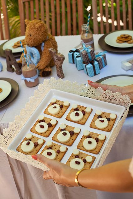 Cheese and crackers at a Teddy Bear Baby Shower #teddybear #babyshower