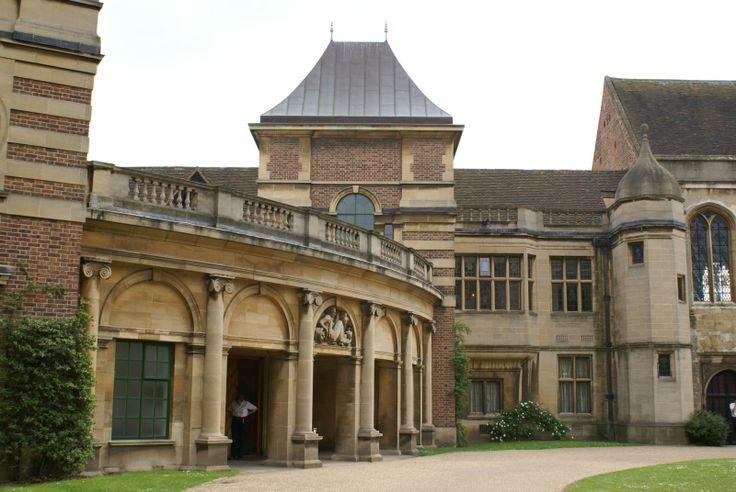 Eltham Palace - Childhood home of Henry VIII