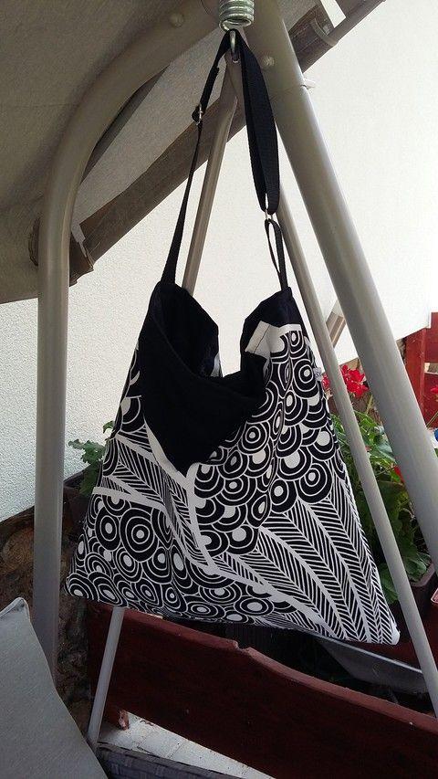 Fekete-fehér óriás táska, Táska, Válltáska, oldaltáska, Meska