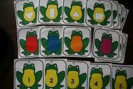 Les grenouilles :Jeu pour reconnaître les couleurs, les formes et les chiffres