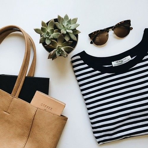 banjosandbibles: Summer standards. (at Into Black | Blouse )