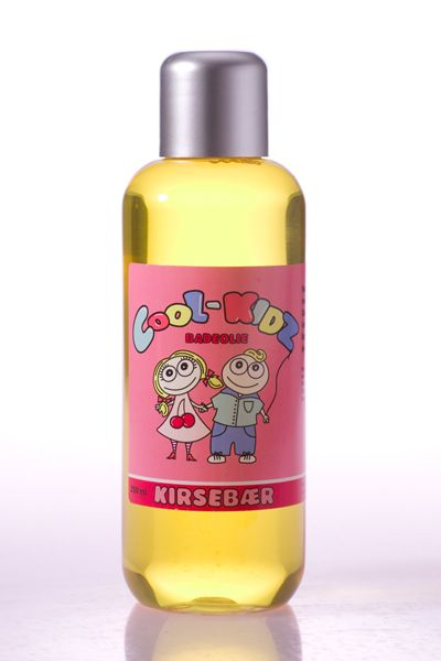 Cherry Bath Oil 250 ml.   Gentle and mild cleaner, which prevents drying of the skin. Bubble bath: Add 2-3 drops before filling the tub. Bath Oil: Add 2-3 drops when filled water in the tub.  DKK 139