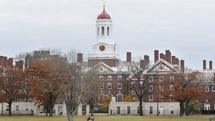 The two words used in college essays that made students more likely to get into Harvard - Bostom.com 8-4-2015  Ask yourselves: why do people care? Also: It's about Stanford too! And the difference between Stanford and Harvard cultures (maybe). But the headline only mentions Harvard. Could be hometown bias. Could be more...