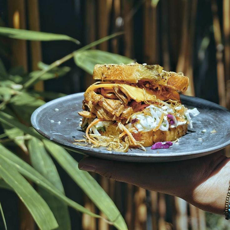 #Bali. Today we have a really delicious lunch with Pulled Pork Burger (49K) with home made garlic bread at @KZU.Bali. We choose this dish from their new Izakaya Wabi Sabi's menu.  Have you been here before?