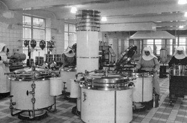Sint Franciscus Gasthuis - ziekenhuis Rotterdam - De keuken 1935