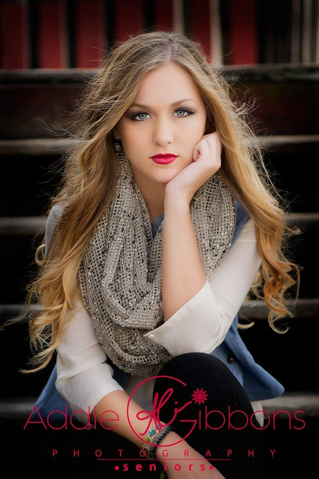 HONORABLE MENTION SENIOR STUNNER … DECEMBER 21 | Senior Style Guide