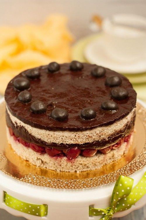 Meggyes csokoládétorta recept