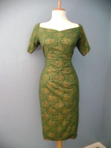 1950's madmen dress.  I am LOVING the Madmen style right now!!