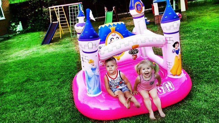✿ БАТУТ ПРИНЦЕССЫ Прыгаем Под Считалочку Игры Для Девочек Trampoline Disney Princess Play Castle    {{AutoHashTags}}