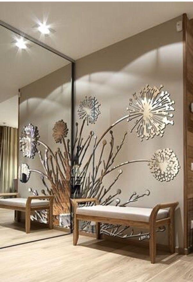 A Delightfull Presence At Selling Sunset Living Room Design Decor Home Decor Home Wall Decor