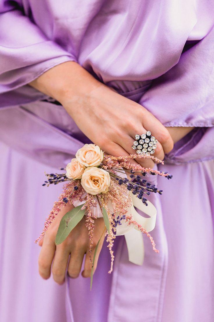 wedding flowers, flowers, flowers decor, rose, цветы,браслеты из цветов, букеты, свадебные цветы, свадебная флористика, оформление свадьбы, оформление церемонии, невеста, подружки невесты