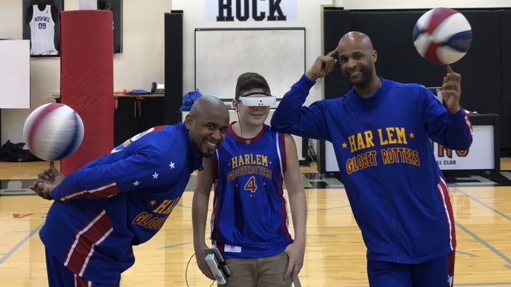 An Ontario teen who is legally blind not only got to hang out with a couple of Harlem Globetrotters recently — he was able to actually see them, thanks to technology from a Toronto startup.