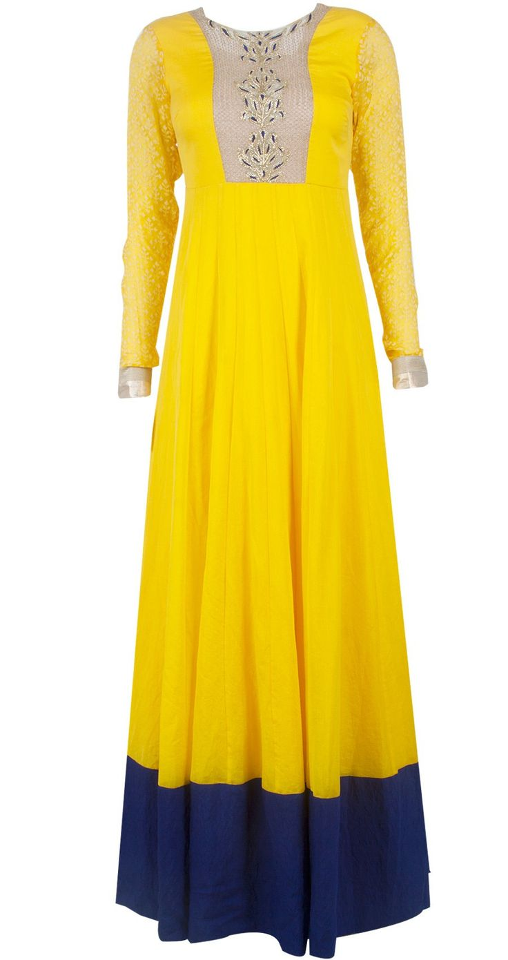This long anarkali suit is in yellow color having gotta work on yoke which gives this anarkali gorgeous look. Dupatta and anarkali sleeves have gotta border. Th