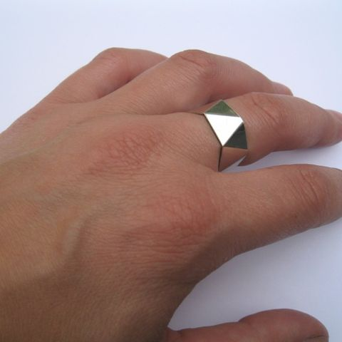 Geom Ring No5 - Triangles