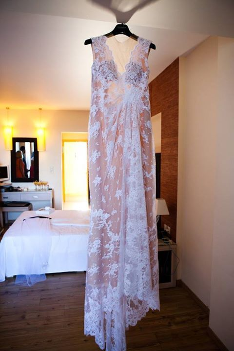 Wedding Dress by Celia Kritharioti Wedding Photography by Takis Nikolopoulos