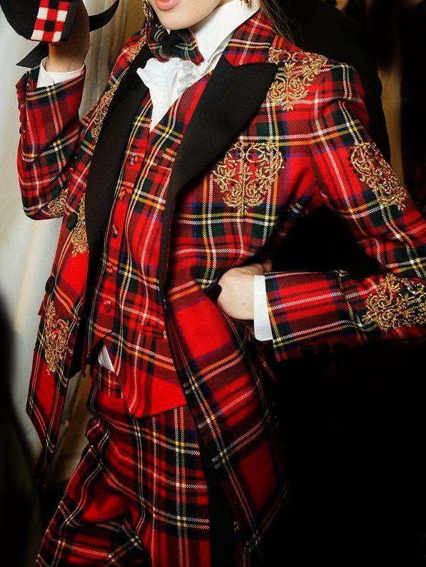 Moschino Tartan Suit  http://www.pinterest.com/secondtwirl/tartan/