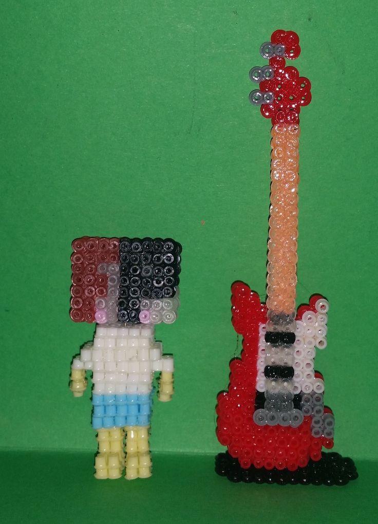 Rote Gitarre aus 2,5mm Artkal Bügelperlen