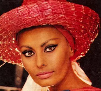 sophia loren: 69 thousand results found on Yandex.Images