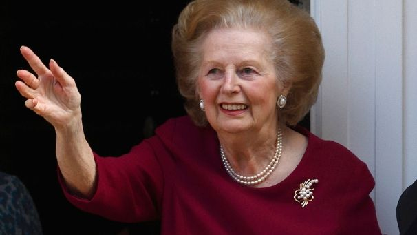 "Morre aos 87 anos, Margaret Thatcher a ""Dama de Ferro"""