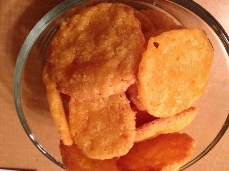 http://glutenfreeremix.blogspot.com/2013/12/gluten-free-cheese-delights.html