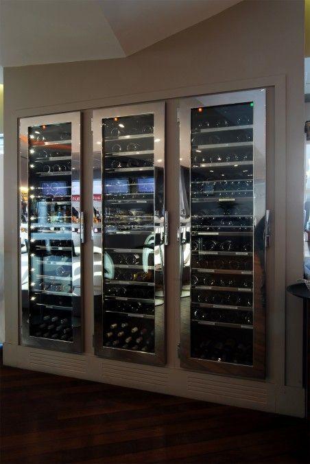 armoire a vin sur mesure provintech pour le drugstor publicis