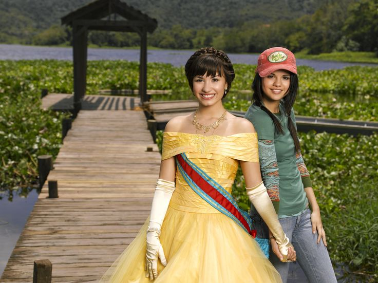 selena gomez princess protection program movie photos | ... Selena Gomez - Demi Lovato in the Princess Protection Program Movie