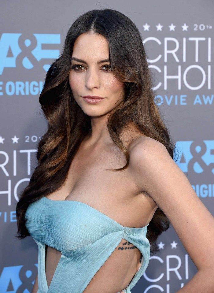 Génesis Rodriguez porte à merveille cette belle lingerie