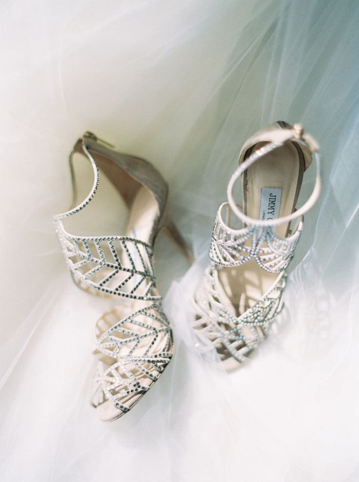 Best 25+ Outdoor wedding shoes ideas on Pinterest   Lace styles ...