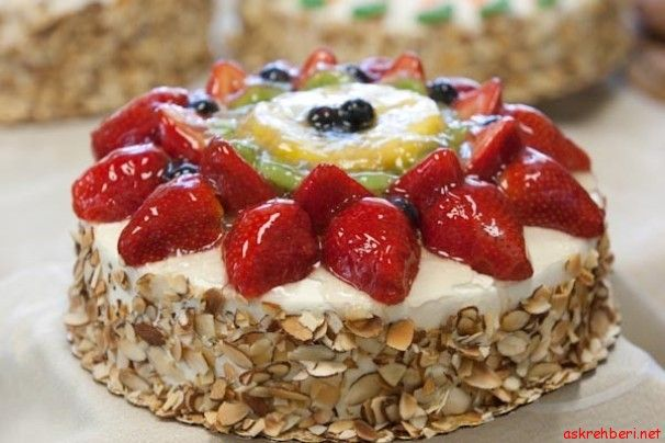 Tatlı Bir Lezzet Bahar Pastası ---- http://www.askrehberi.net/tatli-bir-lezzet-bahar-pastasi.html