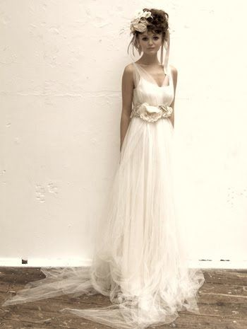 beautiful flowy gown, potential wedding dress with a fairy tale feel to it.. rem