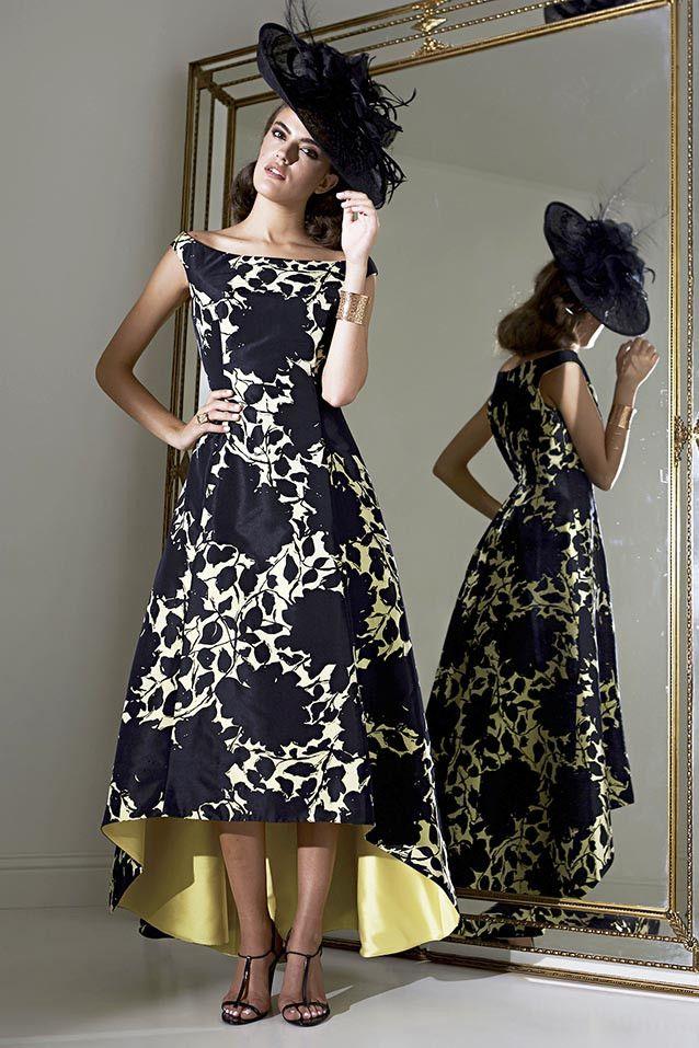 Vestido de fiesta largo evasé asimetrico modelo 0422 by Moskada | Boutique Clara