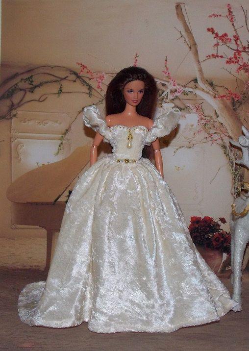 Cream Crushed Velvet Renaissance Handmade Barbie Wedding Dress With Gold Pearl Beading Clothes