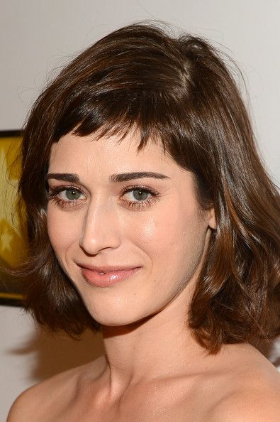 Lizzy+Caplan+Arrivals+Critics+Choice+TV+Awards+eXP0zeFYS39l.jpg (395×594)