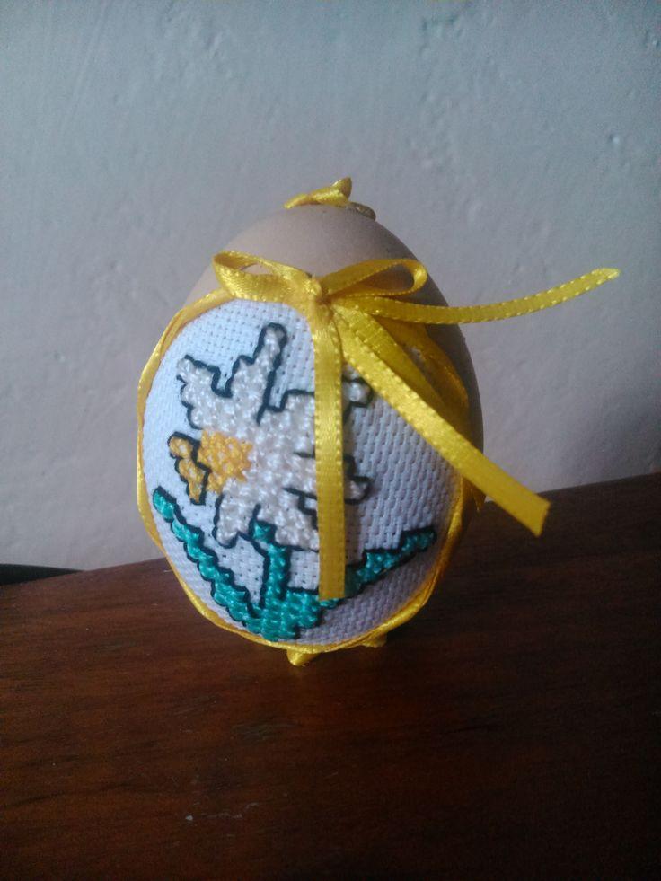 Výšívka na vajíčku