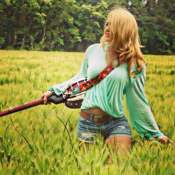 Amelia Presley - No Pony Ride - Muddy Beatz Magazine