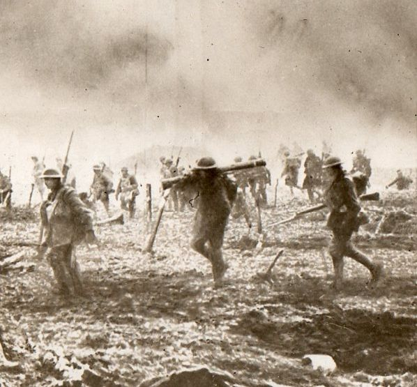 """WWI """" The largest photograph of war printed during World War I, c. 8 x 16 feet. It was printed by Underwood and Underwood, and stamped 'British Official Photograph', printed sometime in 1918. - longstreet.typepad.com"""