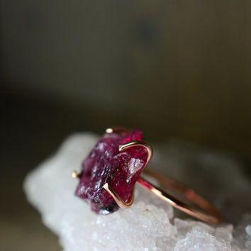 Rubellite Tourmaline Ring. Raw Rough Gemstone Ring. Prong Boho Statement Ring. Tourmaline Jewelry. Pink Raw Stone Ring. Rose Gold Fill Ring