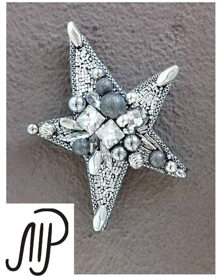 #mpaccessories #marinaprisyach #jewellery #Swarovski #brooch #star #designer #украшения #сваровски #брошь #звезда #пирит #ручнаяработа #Москва #Питер #СПб Звезда В наличии ❤