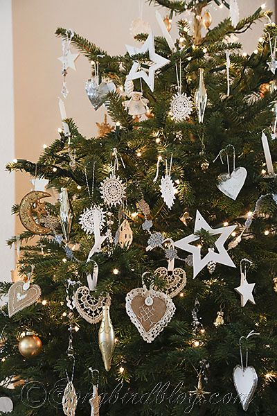 gold silver white Christmas tree Songbird 3