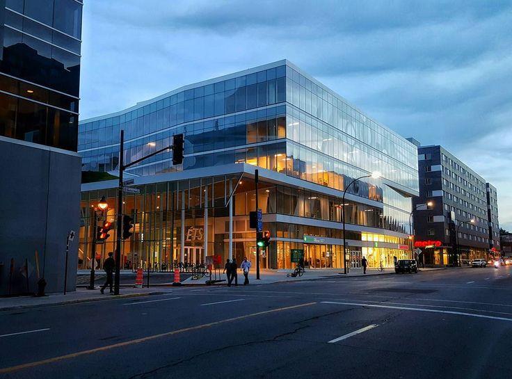 École de technologie supérieure #ETS #montreal #architecture #building #color…