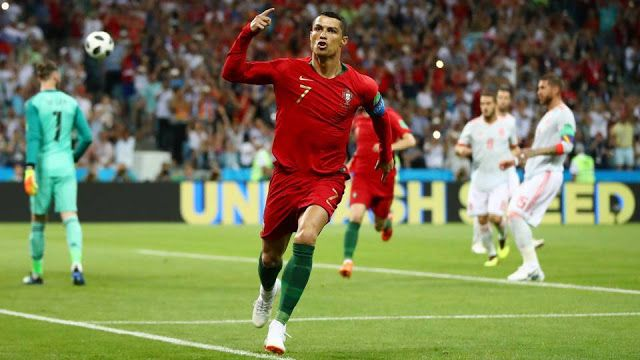 Portugal V Spain Crazy Draw As Cristiano Ronaldo Becomes Oldest To Score World Cup Hat Trick 2018 Fifa World Cu Ronaldo Cristiano Ronaldo Ronaldo Free Kick